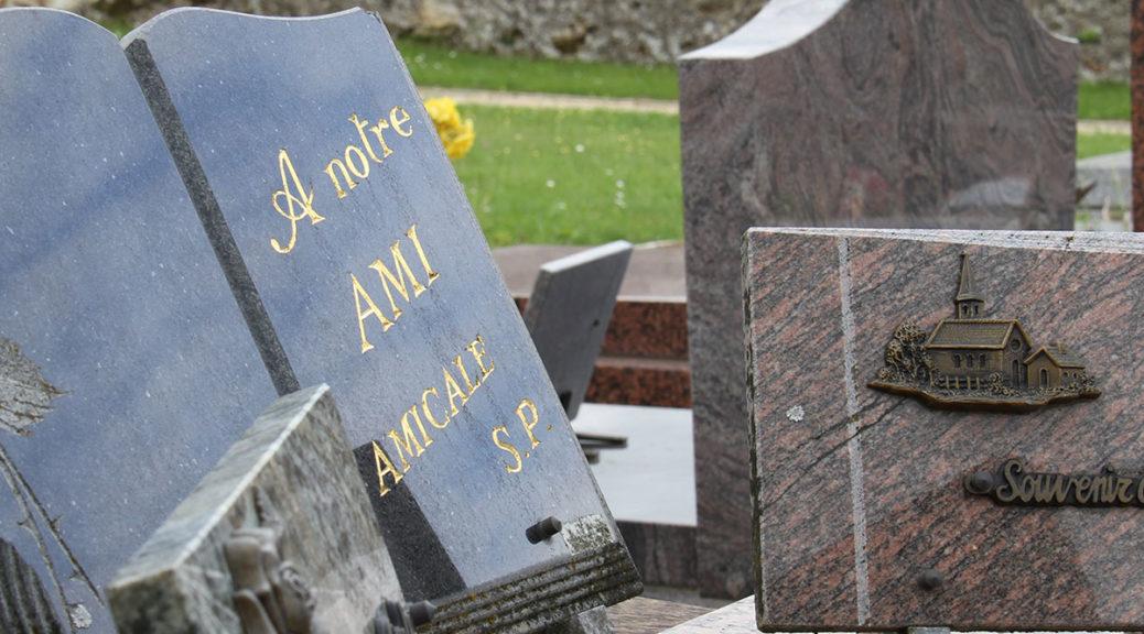 plaque funeraire