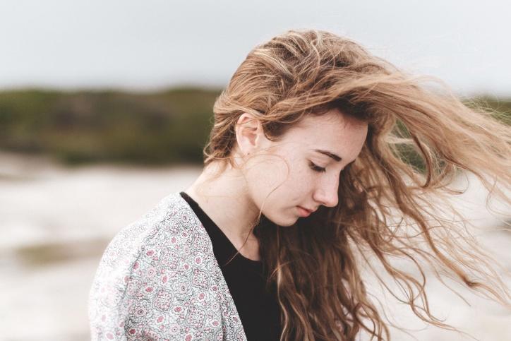 cheveux rêches