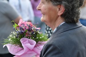 mamie-bouquet-de-fleurs