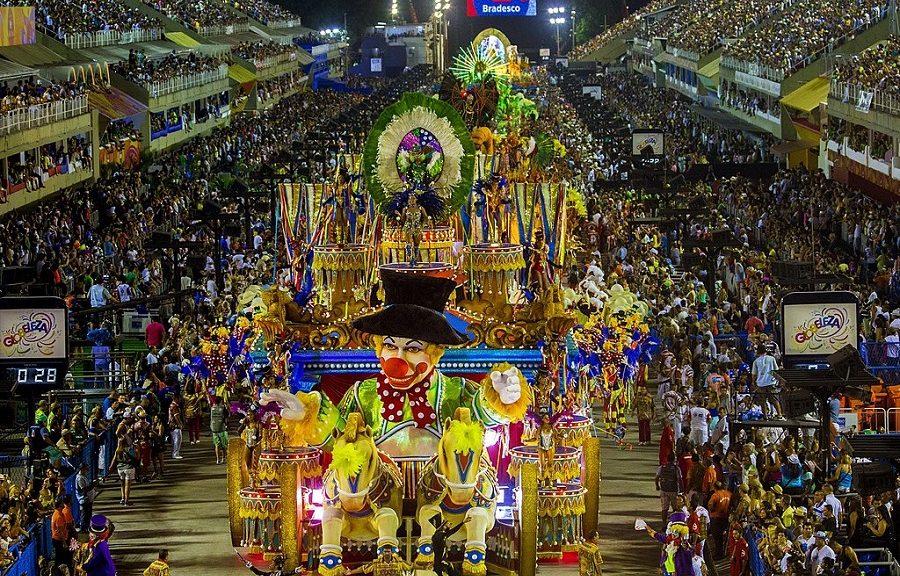 parade-carnaval-de-rio-de-janeiro-2015