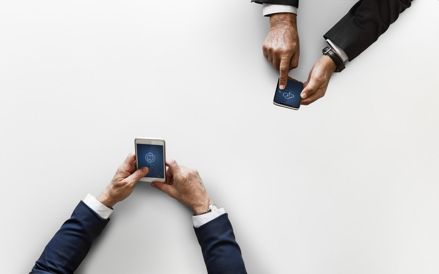 smartphones-samsung-vs-xiaomi